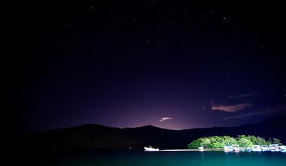Mochima de noche