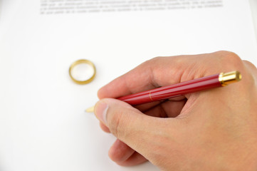 signing the divorce