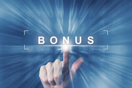 hand clicking on bonus button