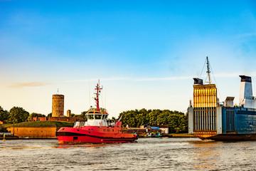 Obraz Ro-ro ship entering to port of Gdansk, Poland. - fototapety do salonu