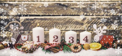erster Advent Gesteck