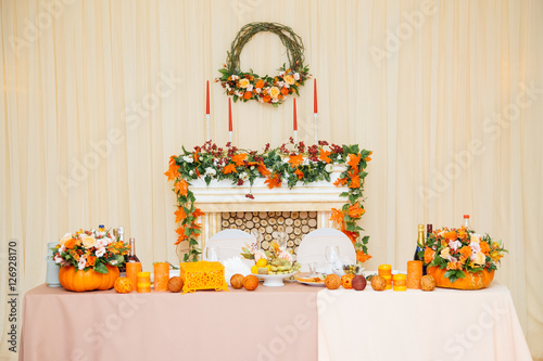 Невеста в цветах оранжевых