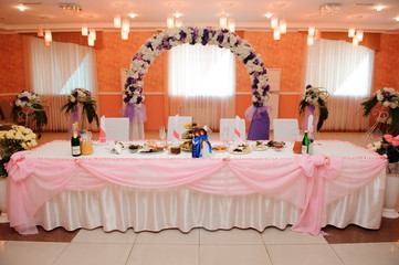 wedding banquet cakes in a restaurant