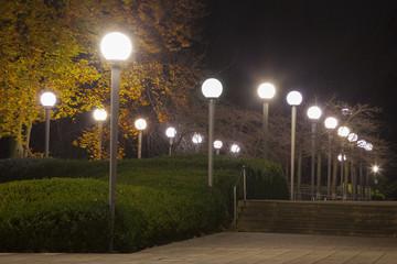 Lampen im Park, Nordrhein-Westfalen, Deutschland