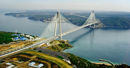 Foto auf Acrylglas Bridges New bosphorus bridge of Istanbul, Turkey. Aerial view of Yavuz Sultan Selim Bridge.