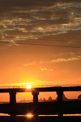 鉄道橋と日の出  宮崎県日南市