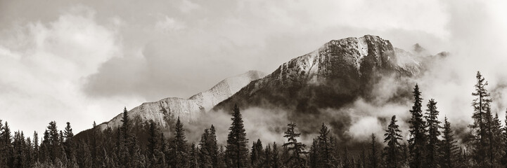 Printed roller blinds Gray traffic Banff National Park panorama