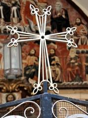 Jerusalem - Großes Gemälde im Vorhof der Jakobus-Kathedrale mit Kreuz im Vordergrund