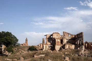 ciudad abandonada de Belchite tras los bombardeos de la guerra civil española