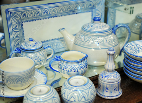 \ Cerámica de Fajalauza recuerdos de Granada España\  Stock photo and royalty-free images on Fotolia.com - Pic 62256485 : caff ceramiche dinnerware - pezcame.com