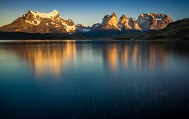 Sonnenaufgang über den Torres del Paine