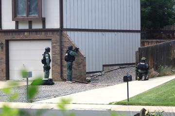 swat team standoff