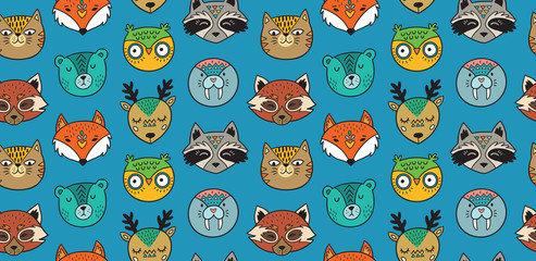 Seamless pattern with animals portrait