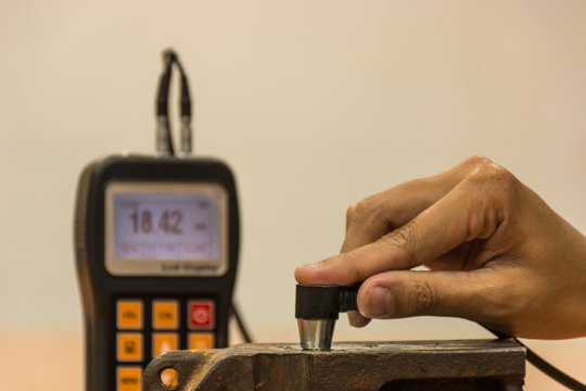 Inspection thickness cast iron by ultrasonic thickness test for