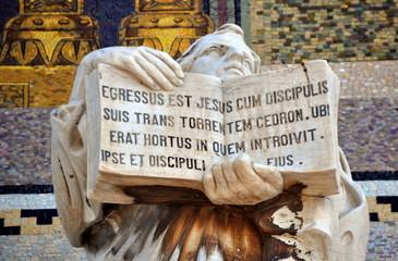 """Jerusalem - Evangelist an der Fassade der """"Kirche der Nationen"""""""