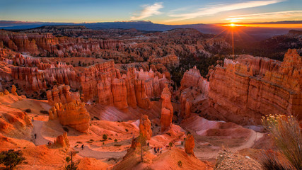 Fototapeten Schlucht Scenic view of stunning red sandstone in Bryce Canyon National P