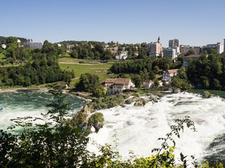 cataratas del Rhin en Suiza, verano de 2016 OLYMPUS DIGITAL CAMERA