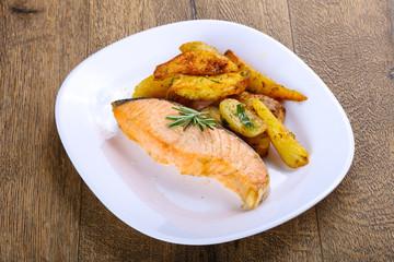 Baked salmon with potato