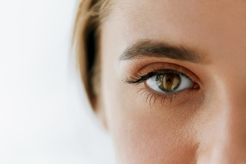 Closeup Of Beautiful Girl Eye And Eyebrow With Natural Makeup