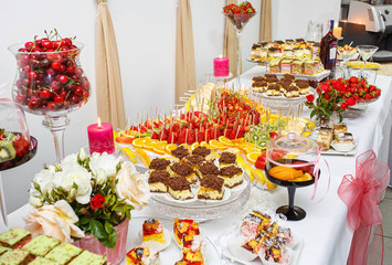 Beautifully decorated Banquet table with fresh fruit.