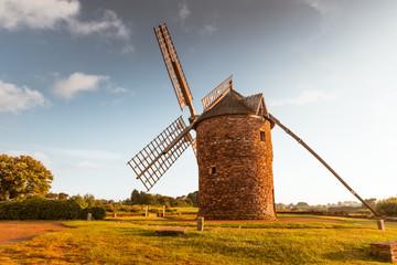 Papiers peints Moulins Dol de Bretagne windmill Brittany France