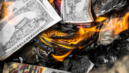 Burn paper money, paper gold to the deceased. Which is the cultu