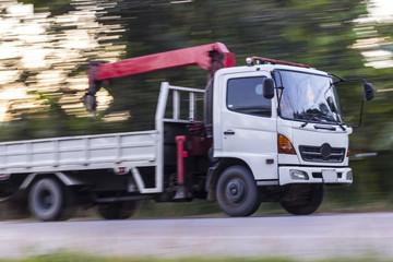 crane truck speed, panning