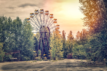 Abandoned ferris wheel Wall mural