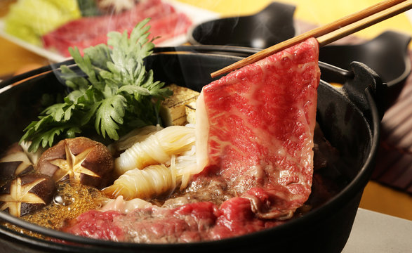 すき焼き Japanese Sukiyaki