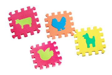 Toy animals mats with interlocking parts