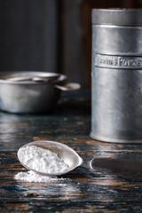 Baking Powder and Tin
