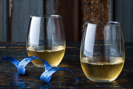 White Wine in Stemless Glassware