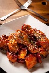 seasoned spicy chicken, yangnyeom chicken, 양념치킨