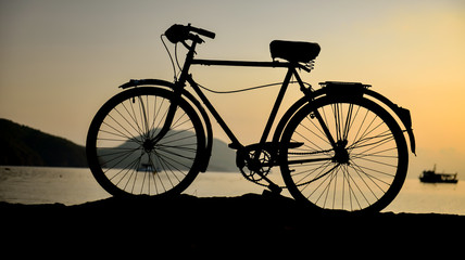 tatil & bisiklet & gündoğumu