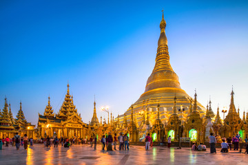 Swedagon Pagode in Yangon Myanmar