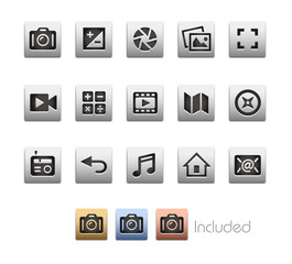 Interface Icons 5 / The vector file Includes 4 color versions in different layers.