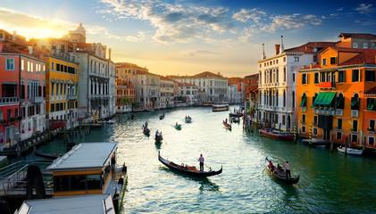 Photo sur Aluminium Gondoles Grand Canal at sunset