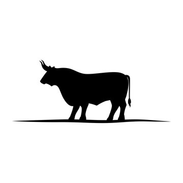 Bull icon. Animal horned cow nature and wildlife theme. Isolated design. Vector illustration