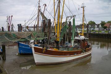 Krabbenkutter in Federwardersiel - Butjardingen an der Nordsee