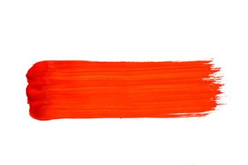 Roter Pinselstrich isoliert auf weiß