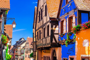 Fototapete - Traditional half timbered houses of Alsace region, Riquewihr village