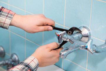 Sanitär Handwerker Installateur Klempner