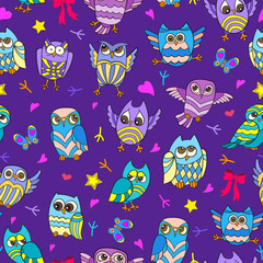Seamless pattern with funny cartoon owls on a purple background