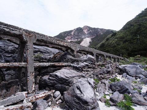 神津島 トロッコ跡 橋脚(東京都 神津島)
