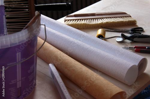 werkzeug zum tapezieren stockfotos und lizenzfreie bilder auf bild 129199969. Black Bedroom Furniture Sets. Home Design Ideas