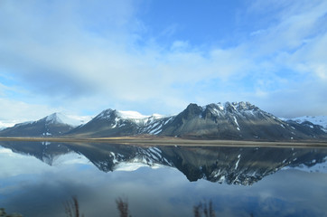 Aluminium Prints Reflection Gorgeous Reflections of Mountains in Iceland