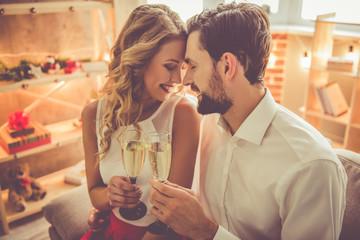 Beautiful romantic couple Fototapete