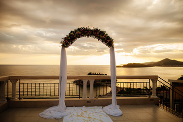 destination wedding arch