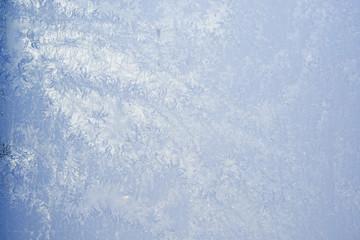 Eis am Fenster