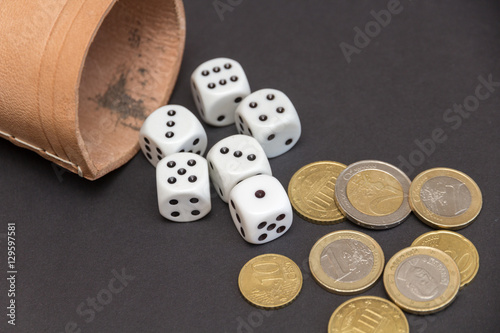 spiele um geld